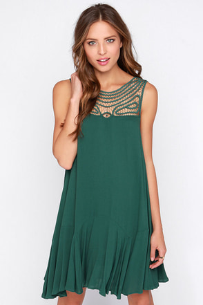Black Swan Ornament Dark Green Shift Dress at Lulus.com!