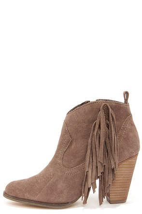 Steve Madden Ponncho Taupe Suede Fringe Ankle Boots at Lulus.com!