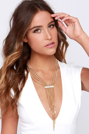 Chain of Thought Gold Statement Necklace at Lulus.com!