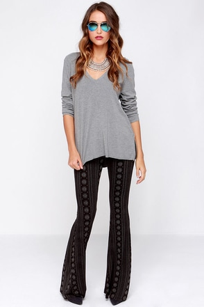 Lira Farrah Grey and Black Print Pants at Lulus.com!