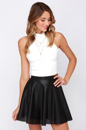 Chic Prep-utation Black Vegan Leather Mini Skirt at Lulus.com!