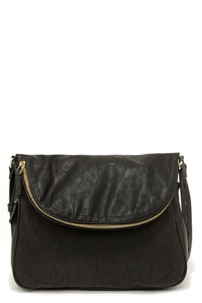 Big Buddha Arianna Black Messenger Bag at Lulus.com!
