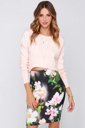 Floral High Ground Black Floral Print Pencil Skirt at Lulus.com!