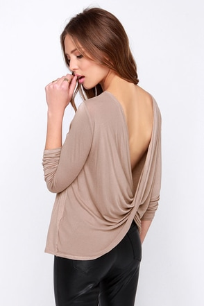 LULUS Exclusive Scoop de Ville Taupe Long Sleeve Top at Lulus.com!
