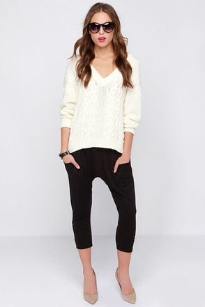 Lucy Love Camp Black Harem Pants at Lulus.com!