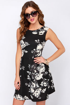 Closet Night Blooming Black Floral Print Dress at Lulus.com!