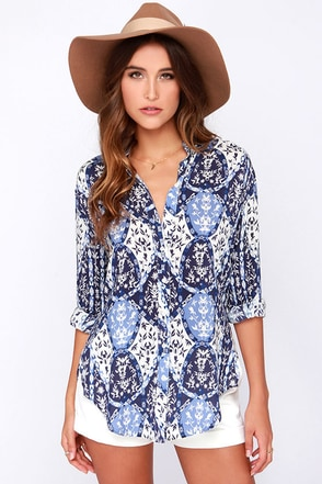White Crow Coastal Blue and Ivory Print Button-Up Top at Lulus.com!