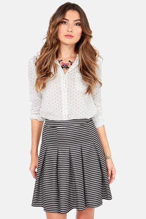 Don't Miss a Pleat White and Black Striped Skirt