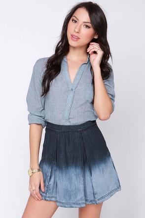 Olive & Oak Passing Grade-ient Ombre Denim Skirt at Lulus.com!