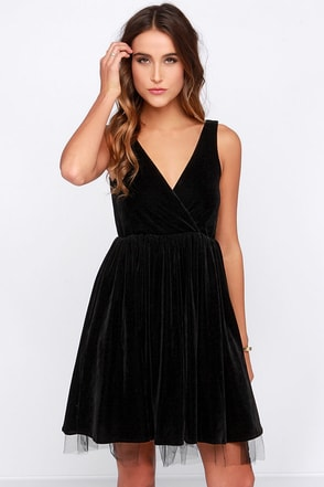 Gallatin Black Velvet Skater Dress at Lulus.com!