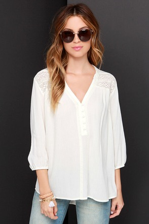 Sent From Above Cream High-Low Top at Lulus.com!