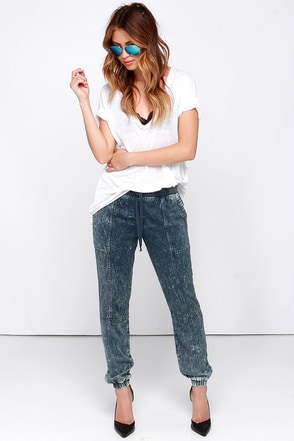 RVCA Roundhouse Slate Blue Acid Wash Jogger Pants at Lulus.com!