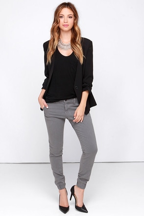 Flying Monkey Chit Chat Grey Ankle Skinny Jeans at Lulus.com!