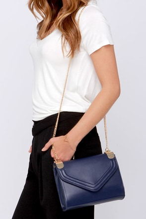 Chain of Scenery Ivory Purse at Lulus.com!