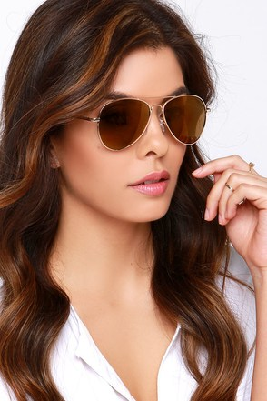 Fly By Night Gold Mirrored Aviator Sunglasses at Lulus.com!