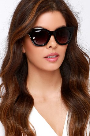 Oh Sunny Days Tortoise Sunglasses at Lulus.com!