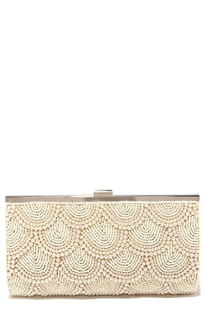 Pearly to Rise Beige Beaded Clutch at Lulus.com!