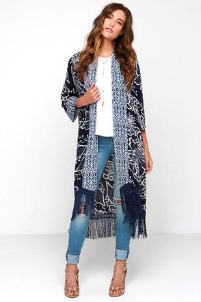 Hazel Chez Lounger Navy Blue Floral Print Kimono Top at Lulus.com!