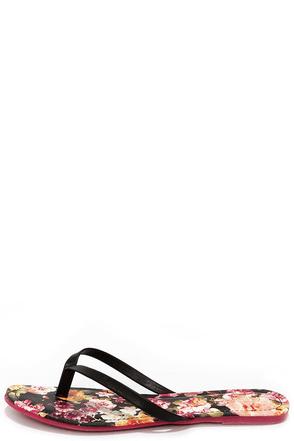 Sandcastle Black Floral Print Flip Flops at Lulus.com!