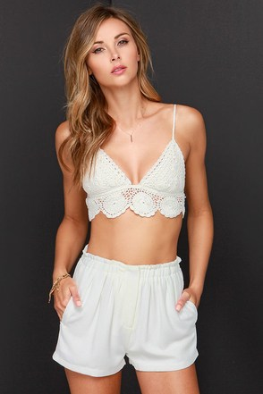 Billabong Barely There Coral Crochet Bralette Top at Lulus.com!