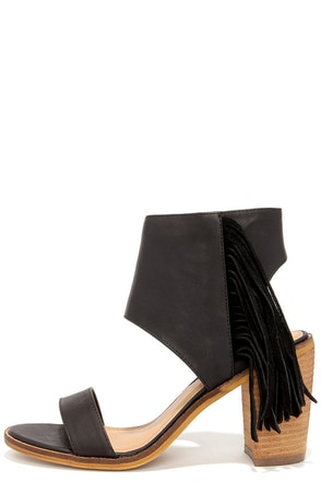 Very Volatile Vermont Black Fringe Ankle Cuff Sandals at Lulus.com!
