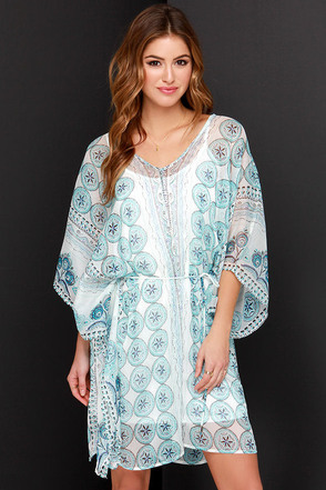 By the Seashore Ivory and Blue Print Dress at Lulus.com!