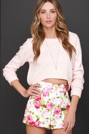 Snake in the Garden Pink Floral Print Shorts at Lulus.com!