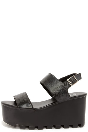 MTNG Amber Black Leather Flatform Sandals at Lulus.com!
