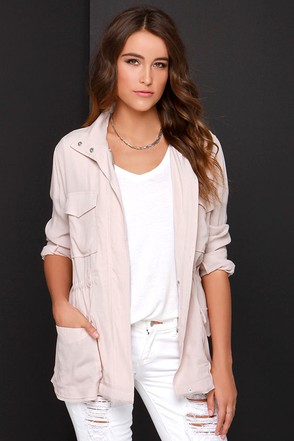 BB Dakota Zaria Blush Jacket at Lulus.com!