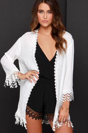 Fluent in Fringe Ivory Lace Kimono Top at Lulus.com!