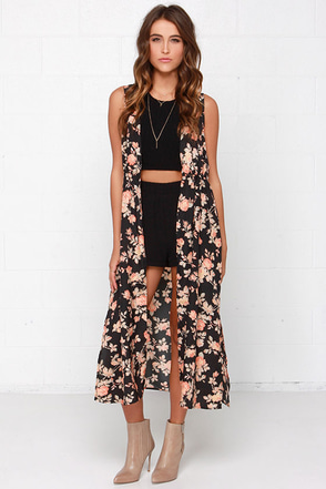 Jack by BB Dakota Clementine Black Floral Print Maxi Vest at Lulus.com!