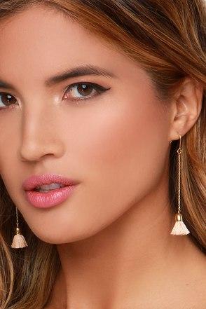 Work the Dangles Beige Tassel Earrings at Lulus.com!