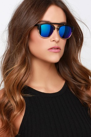 Hollywood Black Mirrored Sunglasses at Lulus.com!