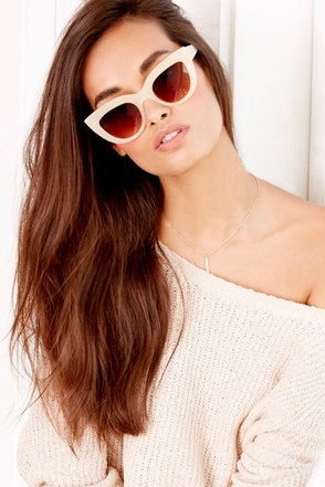 Cat-Eye Contact Pale Blush Sunglasses at Lulus.com!