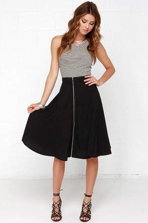 Zippin' and Slidin' Black Midi Skirt at Lulus.com!
