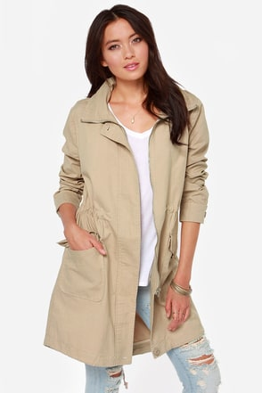 BB Dakota Clio Beige Coat