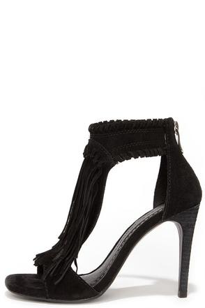 Chinese Laundry Santa Fe Black Suede Leather Fringe Sandals at Lulus.com!