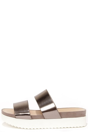 Wanted Mello Pewter Flatform Slide Sandals at Lulus.com!