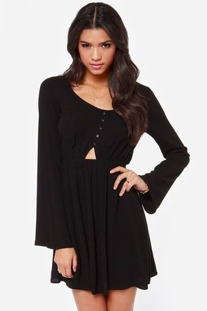 In the Know Cutout Black Dress at Lulus.com!
