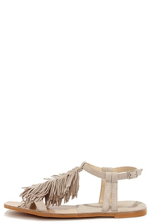Chinese Laundry Tommy Mushroom Grey Kid Suede Fringe Sandals at Lulus.com!