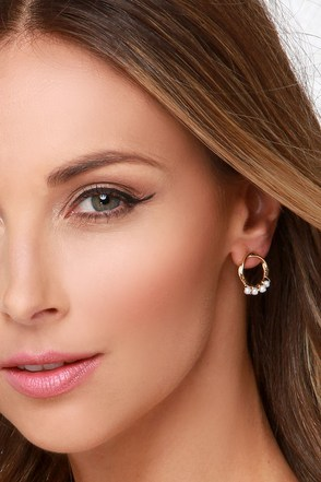 Stand Your Round Gold Earrings at Lulus.com!