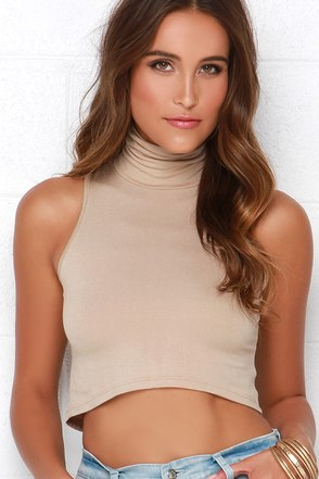 Street Smart Heather Grey Turtleneck Crop Top at Lulus.com!