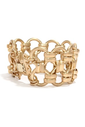 Chain-ging Times Gold Chain Bracelet at Lulus.com!