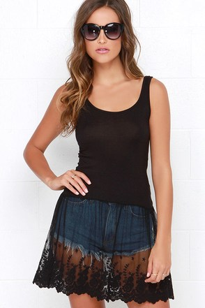 Willow Black Lace Tunic Top at Lulus.com!