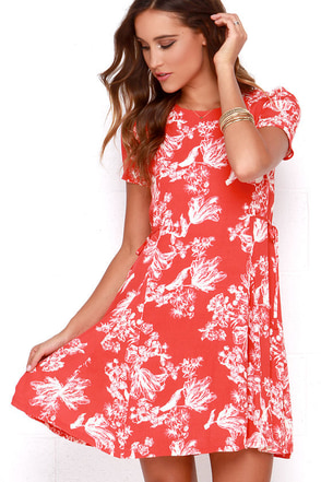 Black Swan Melrose Red Floral Print Dress at Lulus.com!