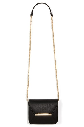 Case Closed Black Purse at Lulus.com!