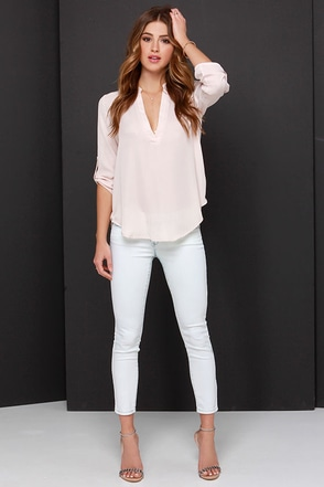Blank NYC The Intro Light Wash Skinny Jeans at Lulus.com!