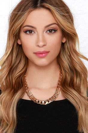 Glam Artist Gold Chain Necklace at Lulus.com!