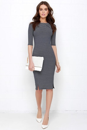 Sugarhill Boutique Melissa Navy Blue Striped Midi Dress at Lulus.com!