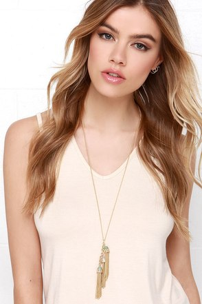 Gimme a Shimmy Gold and Pink Tassel Necklace at Lulus.com!